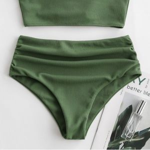 2/$35🌿 NWT🌟 ZAFUL Green Swimsuit Bikini Bottoms